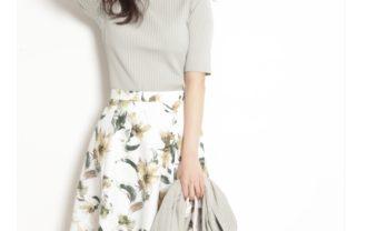 JUSGLITTY(ジャスグリッティー) 水彩フラワープリントスカート